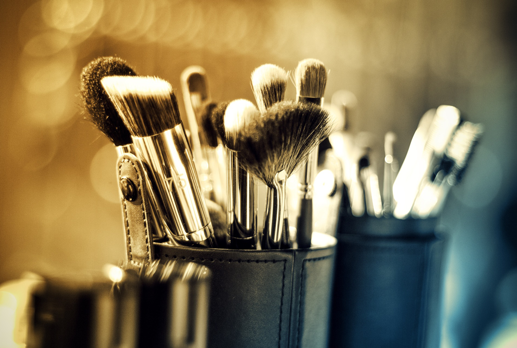Why Makeup Brushes Are Expensive – And What You Can Do About It