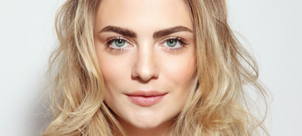 Microblading All You Need To Know About This Brow Technique Liveglam