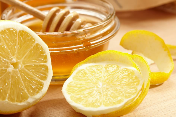 Honey and Lemon Mask – DIY Organic Mask Recipe to Try Today