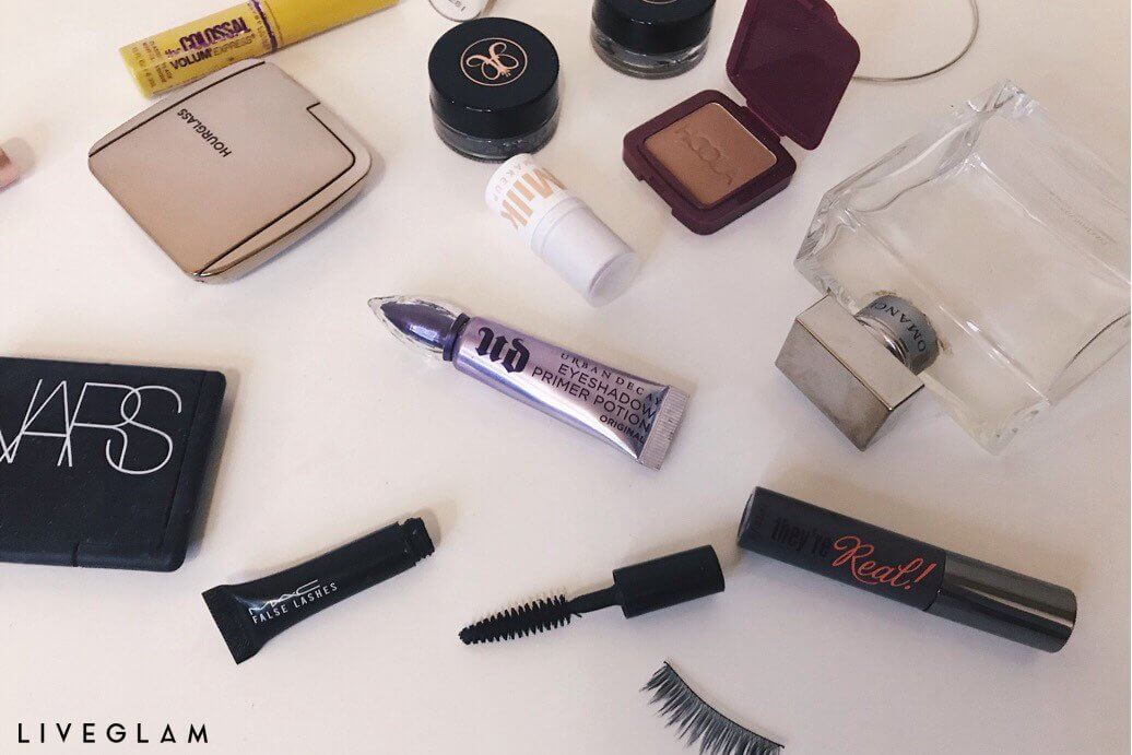 How to reuse false lashes